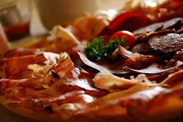 Ladinische Küche | Gerichten Der Ladinischen Und Tiroler Kuche Ciablun La Val